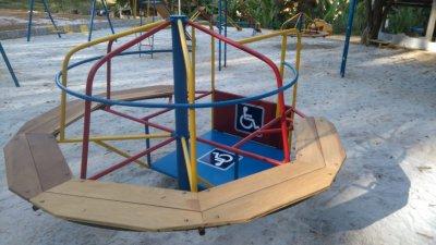 parquinho-para-crianças-com-necessidades-especiais-hotel-fazenda